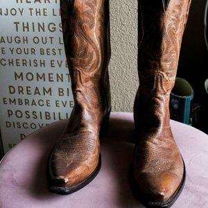 Lucchese Women's Tan Mad Dog Boots